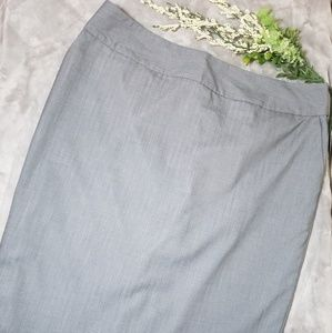 Mossimo gray pencil skirt. Size 16
